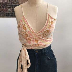 FREE PEOPLE floral wrap around crop too